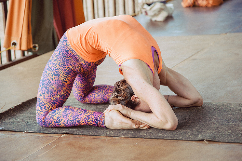 yoga-pose-photography-by-Louise-Bjorling